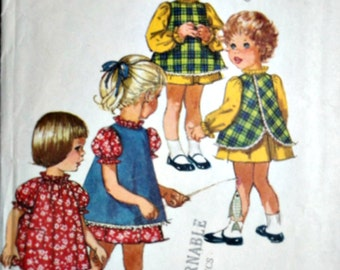 Child's Dress And Pinafore, Simplicity 8419 Jiffy Sewing Pattern, Size 1, 20 Breast