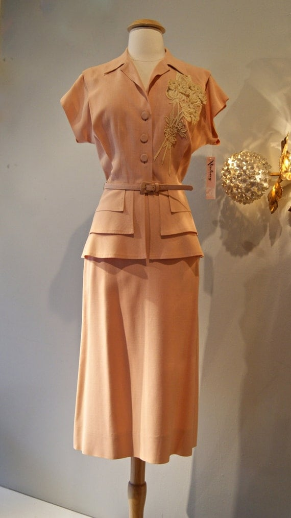40s Suit Vintage 1940s Peach Peplum Suit With Floral Lace