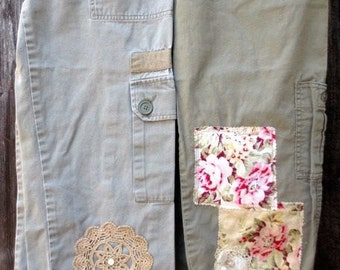 Cropped Capris Everyday Cargo Pants Military Army Fatigues Vintage Levi's Upcycled Urban Grunge Clothing Shabby Cottage Chic Floral Fabric