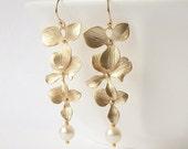 Pearl Floral Dangle Earrings Valentine