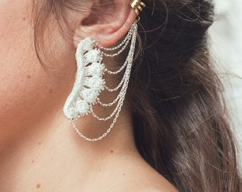 Lace earring - Icarus cuff - Black or white lace, with brass cuff