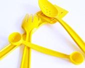 Sunshine Yellow Vintage Serving Set / Vintage Kitchen Utensils / Bright Yellow Serving Set / Vintage Kitchen
