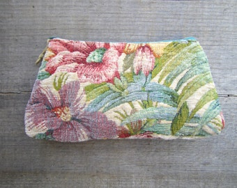 Vintage Floral Tapestry Pouch . Case . Clutch
