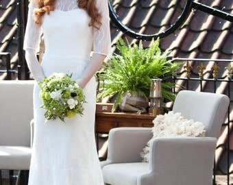 Sample Sale! Vintage Inspired Chantilly Lace Long Sleeve Wedding Dress in Ivory, Lady Lola  by Sheena Solis