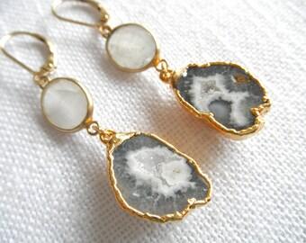 Moonstone and Geode earrings - gray geode earrings - druzy earrings -  moonstone earrings - gold earrings - D R U Z Y 276