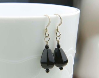 Black Onyx Earrings - Onyx Gemstone Earrings - Sterling Silver - E1073