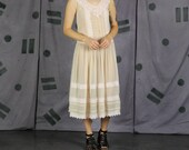 Bonnie Strauss Nude & Pink Sheer Lace Dress - US 6