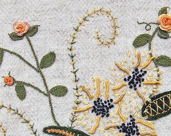 Jacobean Flower Wool Applique, Hand Embroidery / Pattern / Jac 019