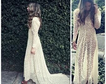 Vintage 1930s lace WEDDING dress sheer feminine / bride /