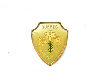 3 Vintage 1960s Enameled Brass Quebec Crest Charms // Canadian Souvenir // Flower Emblems