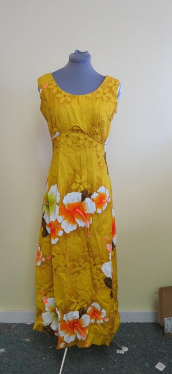 Vintage 60 S Royal Hawaiian Maxi Dress Muu Muu Yellow
