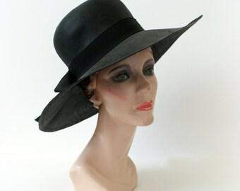 1960s Vintage Hat - 60s MOD Black Straw Floppy Sunhat