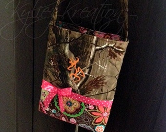 Hunting Camo Purse with single strap & Adorable embroidery!