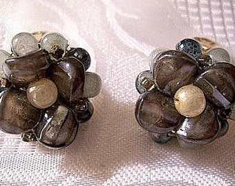 Hong Kong Blue Mist Cluster Bead Clip On Earrings Gold Tone Vintage Black White Lucite Rock Shaped Round Pearls