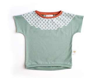 Scales - Organic Cotton T-shirt. Handmade iguana cotton T-shirt with white screenprinted pattern.