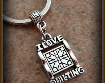 I LOVE QUILTING Keychain Jewelry - Vintage Art Deco Antique Style - Seamstress Quilter Jewelry