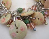 Faded tea rose button bracelet, shabby chic, pink, green, vintage style