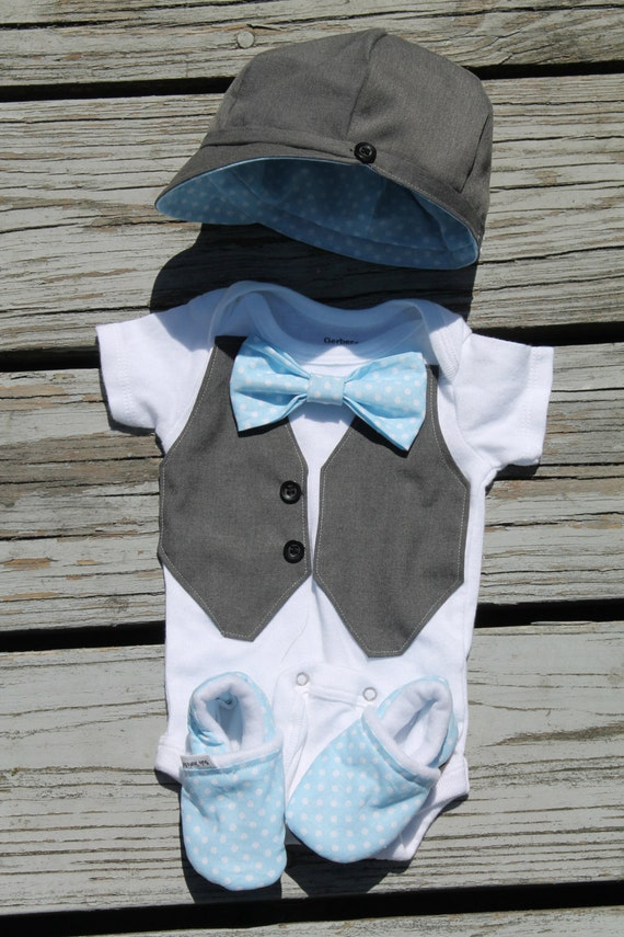 Items similar to Summer Wedding Baby Outfit Boy Vest Bow