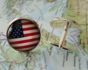AMERICAN FLAG Cuff Links / Christmas / Groomsman gift / Father's Day Gift / USA / Stars and Stripes / Patriotic Gift / Flag cufflinks