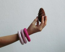 Ombré pink bracelets / felt soft jewelry / shades of pink / eco-friendly / felted wool / Set of three