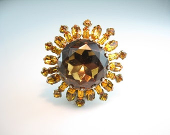Rhinestone Sun Brooch. Vintage 1960s Rhinestone Jewelry. Large Jeweled Topaz Figural. Statement Jewelry. Baguette Navette Rays.
