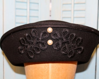 """Beautiful Vintage Black hat """"Vicas"""" with 2 pearls in front"""