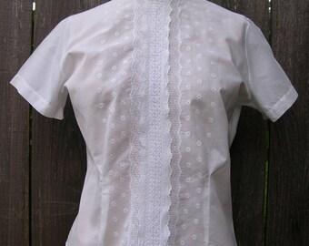 Vintage 60's SWEET SUMMER SPIRIT White Blouse