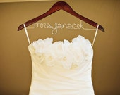 Wedding Dress Hanger - Personalized name bridal photo prop for the wedding day - Beautiful Lettering
