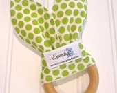 SWEET NATURALS/Organic Line/Natural Wood Teething Ring/Organic Cotton Front/Organic Cotton Fleece Back