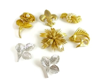 Vintage Jewelry Lot Brooches Destash Monet Trifari Sarah Coventry (7) 1970s 1980s
