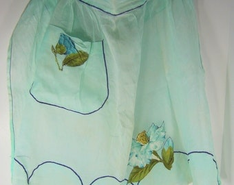 Vintage MINT APRON Green HOSTESS Blue Flower Applique Kitchen Retro
