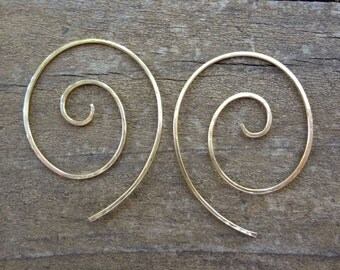Hammered sterling silver or gold filled spiral threader hoop earrings. Small, unique one-piece minimal hoop earrings for women and teens.