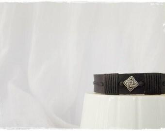Leather Men's Bracelet, Celtic Knot Bracelet, Black Leather Bracelet, Gaelic Knot Bracelet, Leather Bracelet For Him, Gothic Leather Cuff