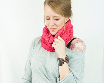 Pink Cowl Infinity Scarf, Cowl Scarf, Coral Ruffle Ruched Scarf, Chunky Scarf, Cozy Scarf, Short Scarf, Winter Scarf, Womens Gift for Her
