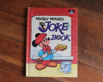 Vintage Children's Book - Mickey Mouse's Joke Book (1973)