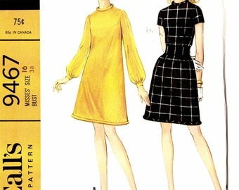 McCalls 9467 A-line Dress loose fit with bias piping neck and hem edge knee length Size 16 Vintage Uncut