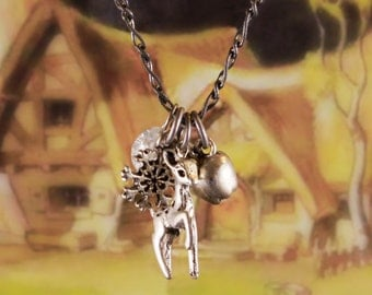 """Snow White 30"""" Charm Necklace"""