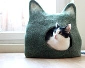 Cat bed - cat cave - cat house - eco-friendly handmade felted wool cat bed - green with natural white - made to order - AgnesFelt