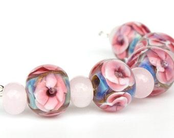 Vintage Flowers Encased Floral Lampwork Glass Bead Set of 5