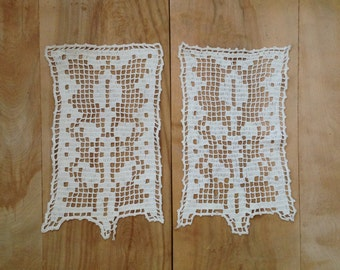 SALE Vintage Crochet Doilies - Pair - Farmhouse White Rustic