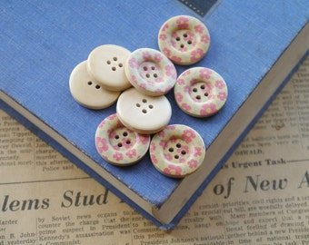 """SALE 12 Wooden Pink Floral Flower Buttons 25mm 1"""" (WB2142)"""