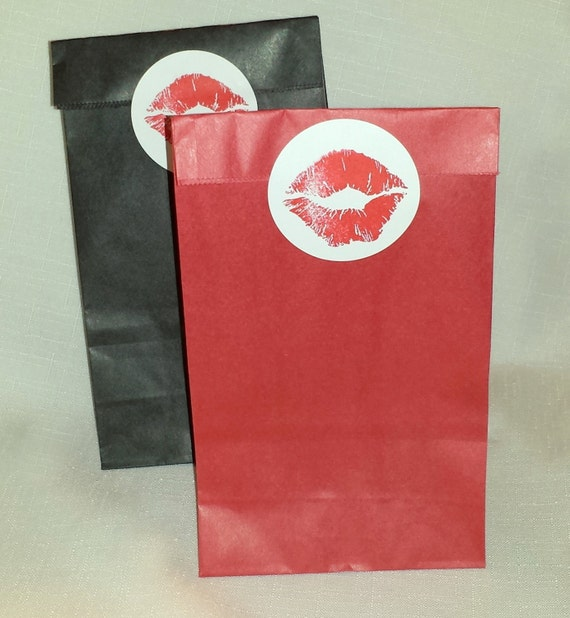 """BAGS /Set of 15 / Red and Black Paper Lunch / Small Size/ 4 1/4 x 2 3/8 x 8 3/16"""" /"""