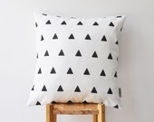 """Modern Black and White Decorative Pillow, Modern Pillow, Geometric Pillow, Black and White Throw Pillow, Cushion Cover, Kids Pillow 16"""""""