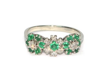 Vintage Ring - Vintage 1970's Emerald & Diamond Flower Ring