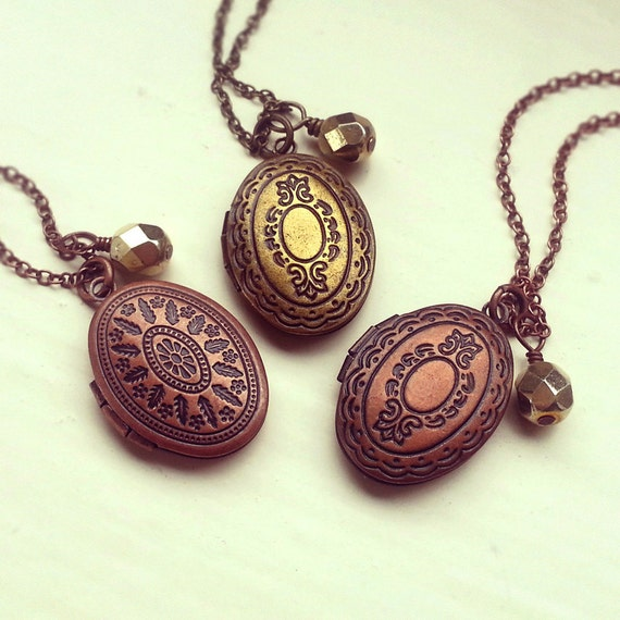 Antique Brass Locket Necklace Oval Locket Pendant Czech. Franco Chain Medallion. Medal Stand Medallion. Trippy Ombre Medallion. Centenario Medallion. Glass Medallion. Spanish Medallion. Saint Medallion. Medalist Medallion