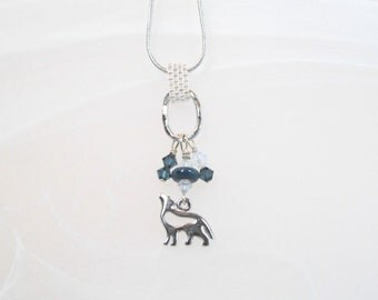 Wolf Charm necklace pendant silver tone, glass bead, crystals, peyote stitch