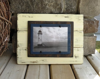 Distressed Wood White Plank Frame for 5X7 Picture - Shabby, Cottage Chic, Beach House, Rustic, Nautical