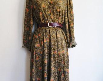 Printed SILK Vintage 70 dress size uk 10 us 6/ Handmade