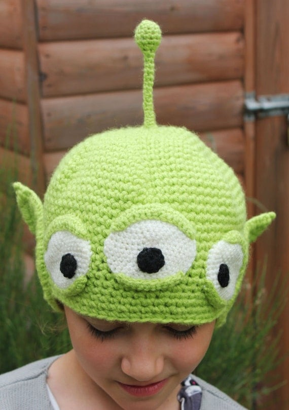 Handmade Crochet 3 Eyed Green Alien Beanie by ...