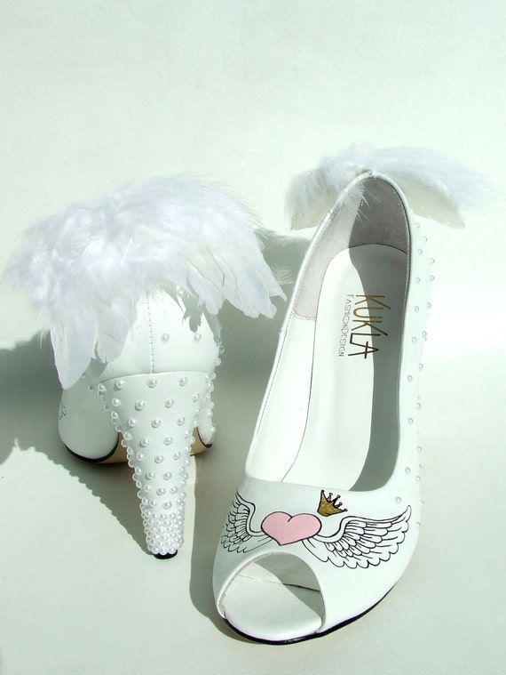 Handpainted custom design wedding shoes angel wings for Angel wings wedding dress